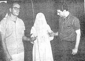 Waldo Vieira e o repórter José Franco com  Irmã  Josefa.  (Foto  de Nedyr Mendes da Rocha)
